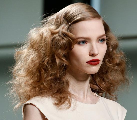honey-kennedy-bottega-veneta-rtw-fw2013-hair-makeup
