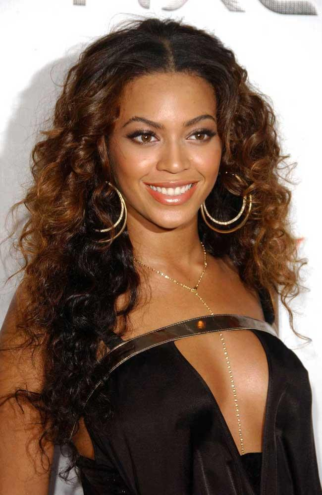 long hairstyles for thick wavy hair - Beyonce Knowles