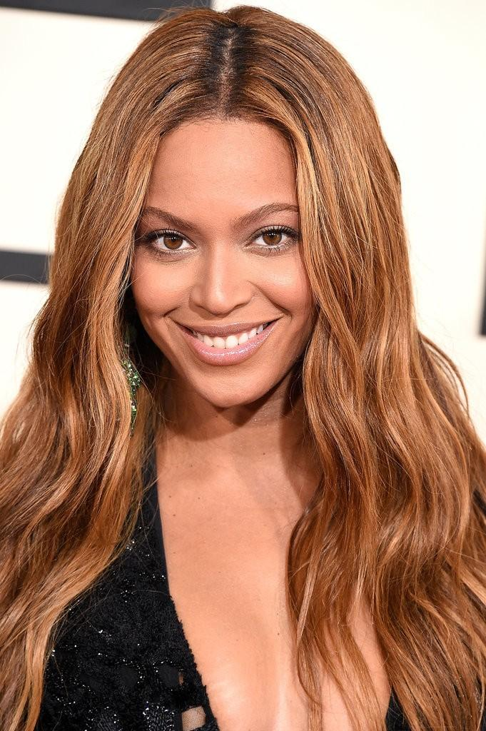 Beyoncé with copper color hair from copper colored hair dye