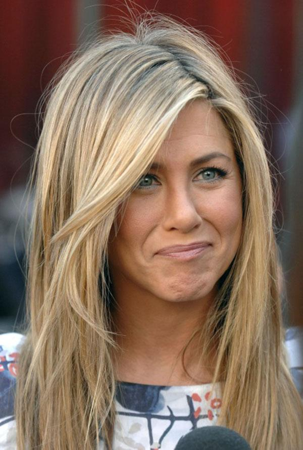 Jennifer Aniston's straight hair