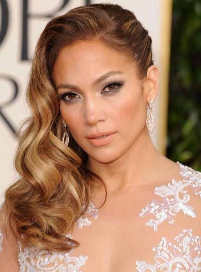 All you need to know about wavy hair jennifer lopez with long wavy hair urmus Images