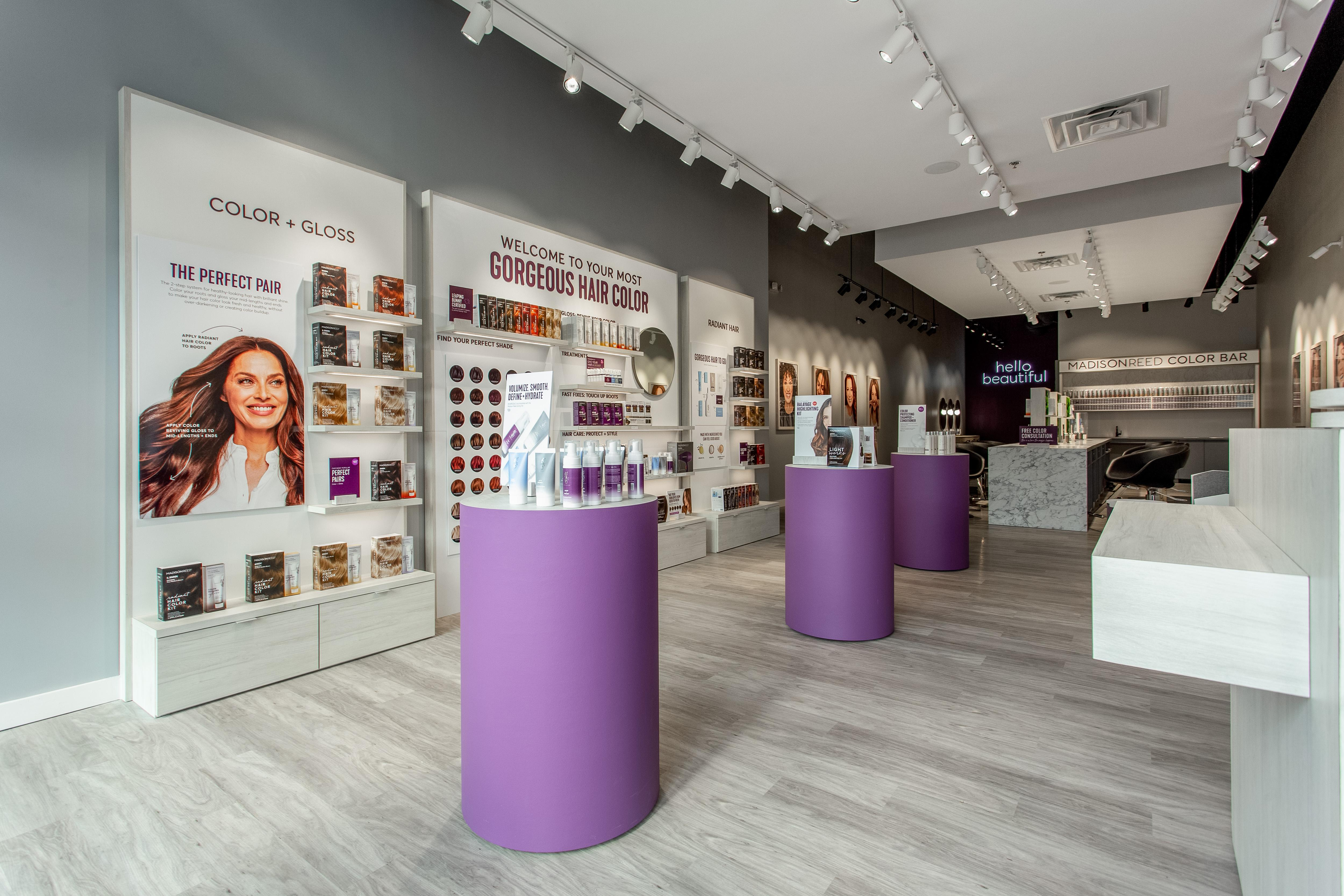 Interior Photo of Madison Reed Color Bar Forsyth