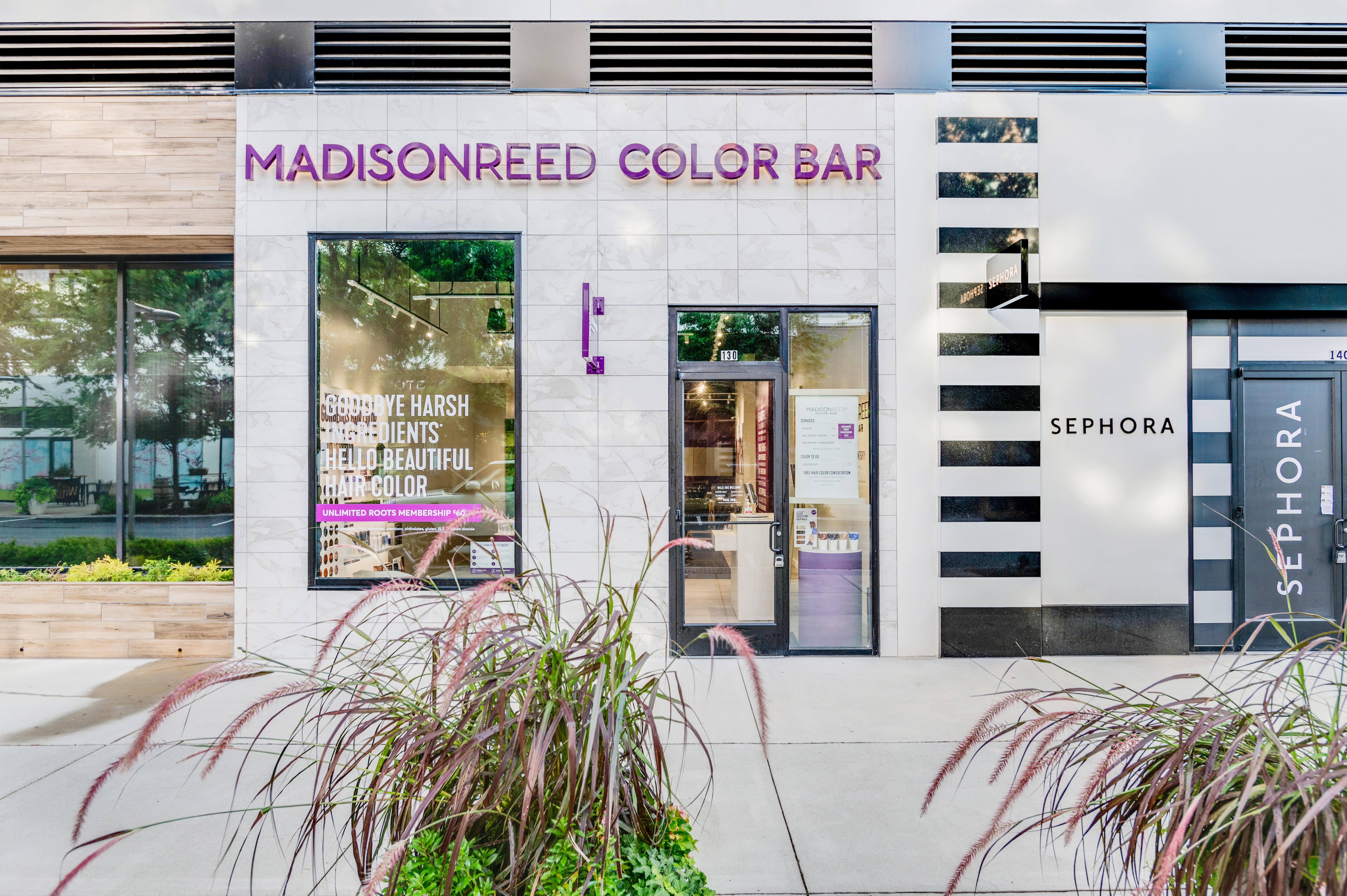 Exterior Photo of Madison Reed Color Bar Fairfax